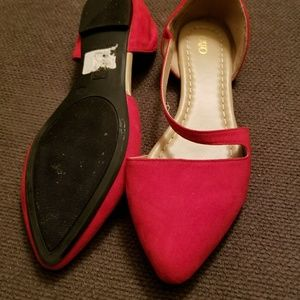 Red flat shoes by Cato